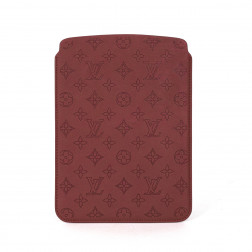 Funda para Ipad Air en cuero Monogram Perforado rojo