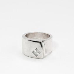 Anillo Candy de plata 925 y con una piedra blanca