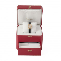 Reloj de mujer Baignoire modélo Grande de oro amarillo 18k