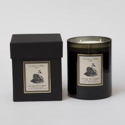 Velas perfumadas 3 mechas - EL LAGO DE LOS CISNES  Flores blancas del sotobosque