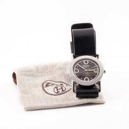 Reloj Barénia Redondo en acero cepillado modelo grande.